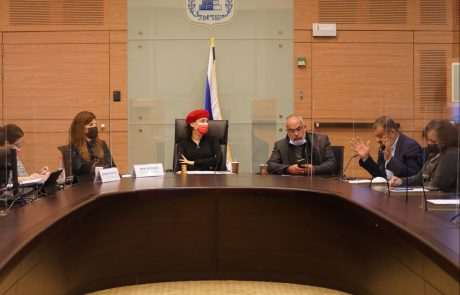 ועדת הכנסת אישרה פה אחד את בקשות ההתפלגות בסיעת הרשימה המשותפת.